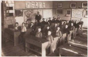 Obr. 6: Mapa Jana Přibyly v učebně školy v Žimrovicích (Slezsko)